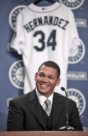 Felix+Hernandez+Seattle+Mariners+Contract