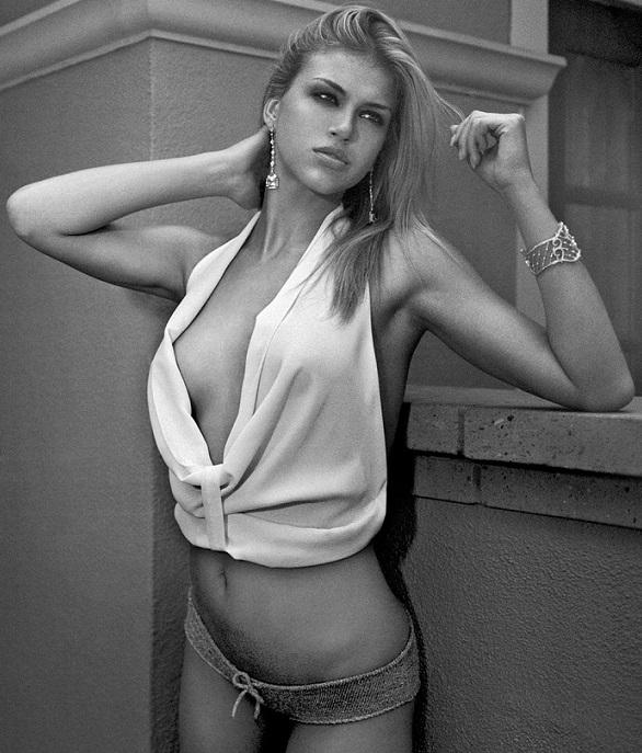 Adrianne-Palicki-18