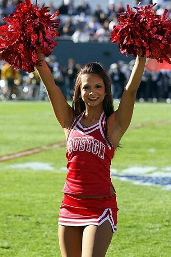houston-cougar-cheerleader-ncaa