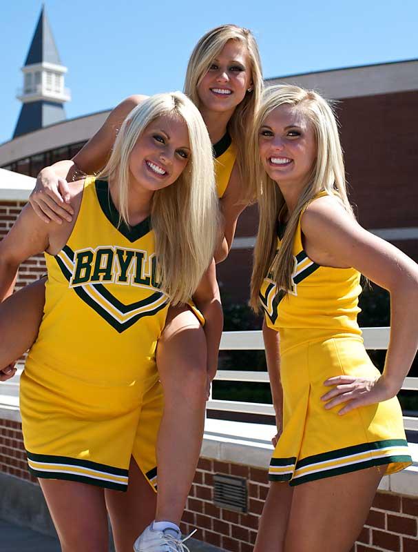 Hot-Baylor-Cheerleaders-Football