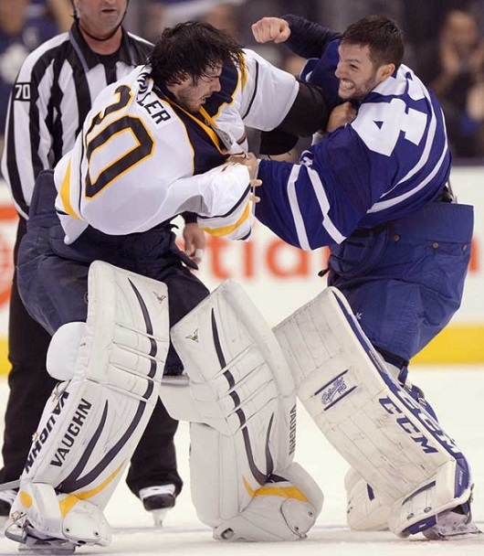 NHL-Goalie-Fight-Hockey