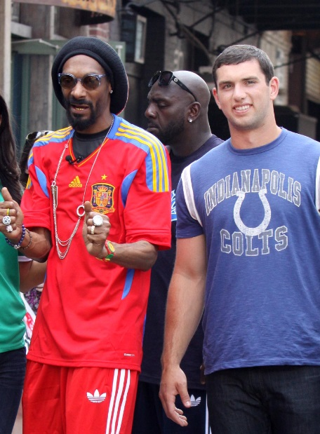 andrew luck snoop dogg snoop lion robert mathis nfl indianapolis colts