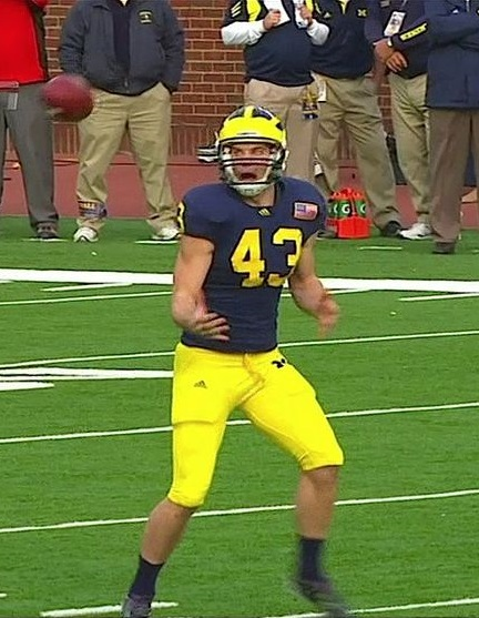 funny michigan punter 2015 michigan state game fumble