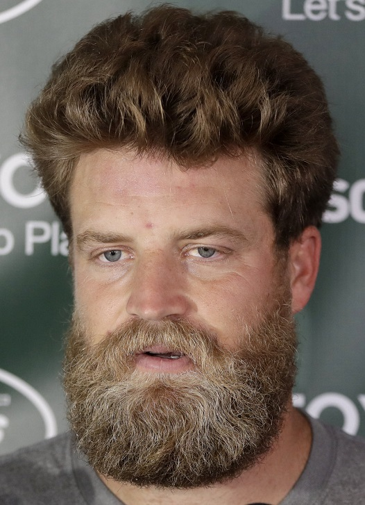 funny-ryan-fitzpatrick-poofy-hair-americas-white-boy-picks-against-the-spread-week-4-nfl-new-york-jets-beard