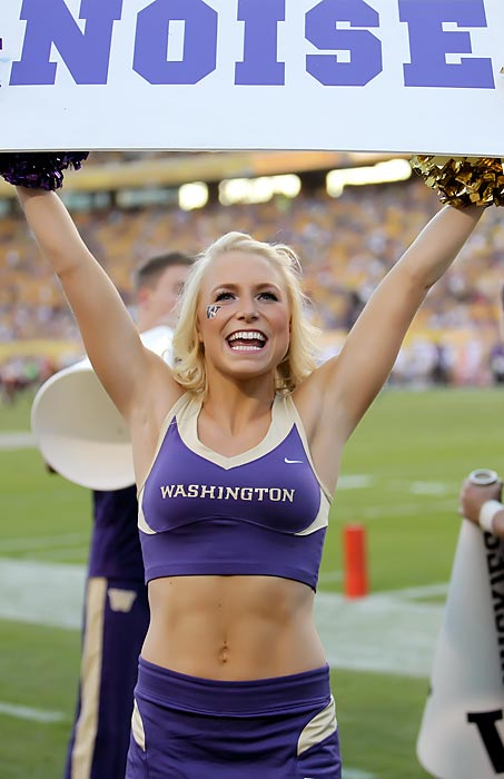 americas-white-boy-college-football-betting-picks-against-the-spread-week-11-washington-huskies-cheerleaders-ncaa