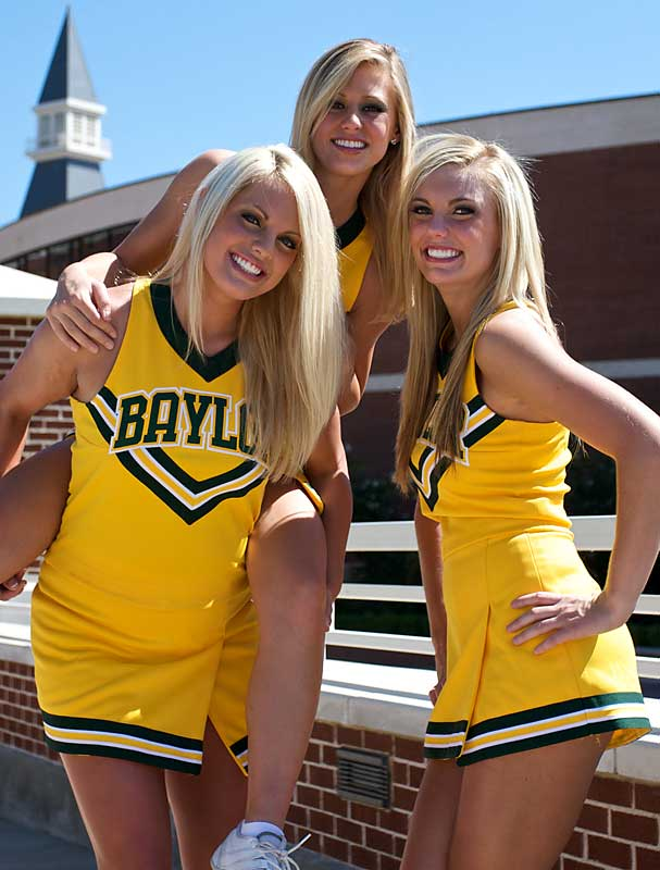 Hot-Baylor-Cheerleaders-Football