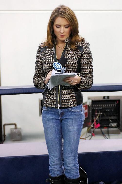 Jen-Hale-Boobs-Hot-Beautiful-Jennifer-Jeans-Boots -4797