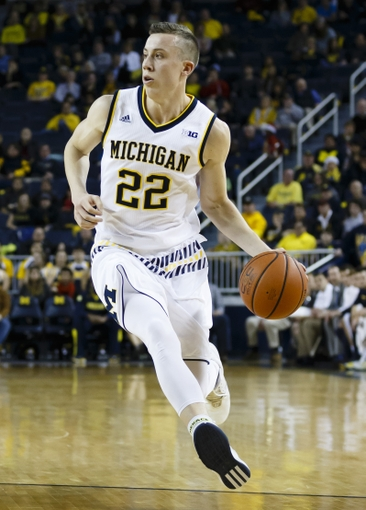 duncan-robinson-michigan-wolverines-tulsa-golden-hurricane-2016-ncaa-tournament