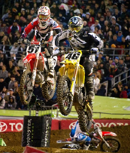 high-flying-supercross-racing
