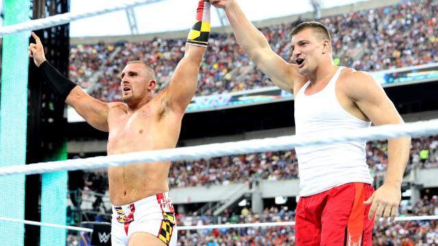 Mojo Rawley Rob Gronkowski WWE Wrestlemania 33