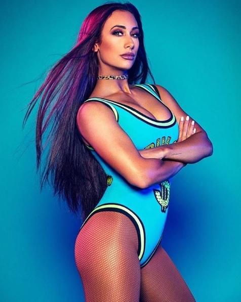 Sexy wwe carmella WWE star